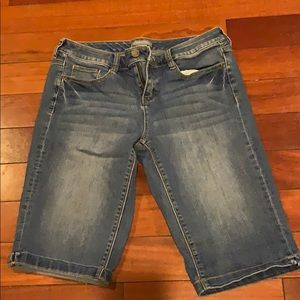 New York & co long shorts jean size 6